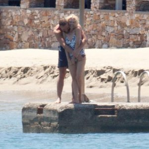 Kylie Minogue ve sevgilisi öyle bir şey yaptı ki...