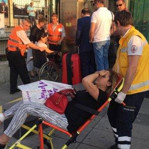 Marmaray'da 'bomba' alarmı: 2 yaralı