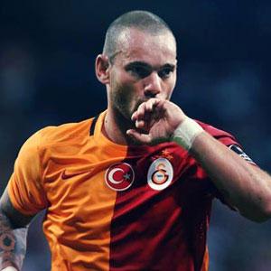 Galatasaray'da Sneijder şoku !