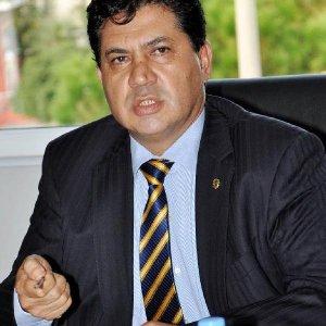Kemer Belediye Başkanı istifa etti
