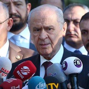 Bahçeli MHP'de kurultay tarihini açıkladı
