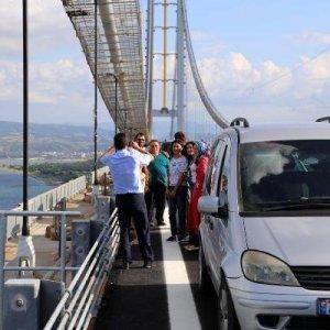 Osmangazi Köprüsü'nde ''selfie''ye 92 TL ceza