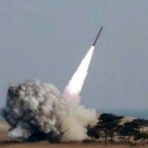 Kuzey Kore yine balistik füze fırlattı