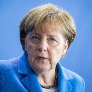 Merkel'den 'İncilik' açıklaması