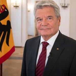 Almanya soykırım için özür dileyecek !