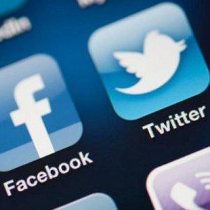 Facebook ve Twitter'a erişilemiyor