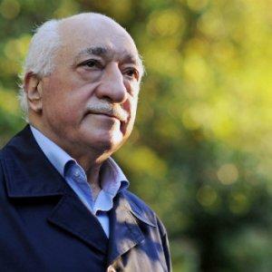 Büyük skandal ! Gülen'i Mehdi ilan etmişler !