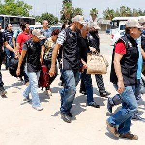 Antalya'da 29 hakim ve savcı tutuklandı