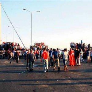 Boğaz Köprüsü'nde on binler buluşacak
