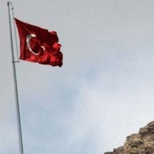 Hakkari'de PKK'dan 4 ayrı saldırı !