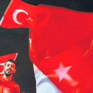 Avusturya'da Türk bayrağı yasağı