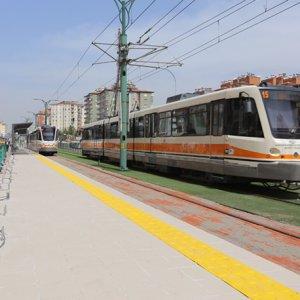 Tramvay durakları okulların açılışına yetişecek