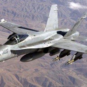 ABD'de savaş uçağı düştü !