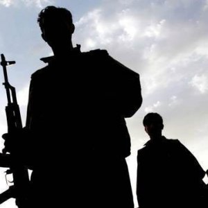 Diyarbakır'da polise saldırı: 3 polis yaralı