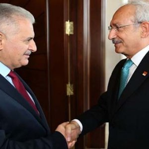 Başbakan, Kılıçdaroğlu'nu Yenikapı'ya davet etti