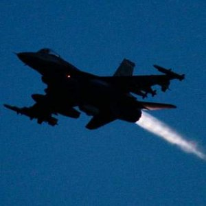 İstihbarat geldi, savaş uçakları peş peşe havalandı !