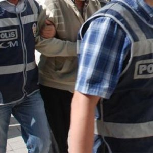 Türk Telekom'da üst düzey deprem: 18 gözaltı var