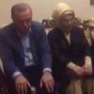 Erdoğan şehit evinde Kur'an okudu