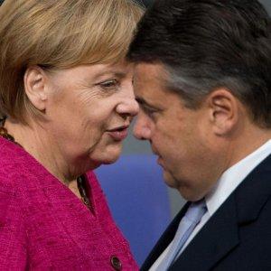 Merkel'in yardımcısından Türkiye'yi kızdıracak açıklama