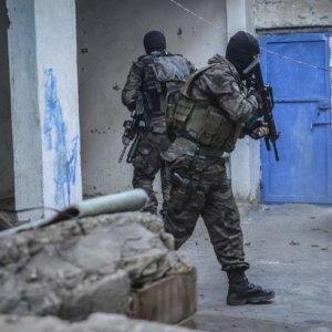 Nusaybin'de PKK'ya darbe üstüne darbe