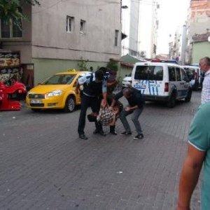 İstanbul'da polisi yaralayıp kaçtılar