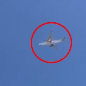 Katar uçağı acil iniş yaptı