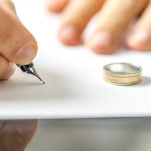 FETÖ'cülerin boşanma oyununa darbe