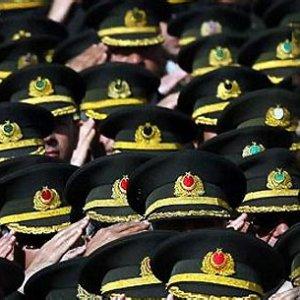 Darbe girişiminde 40 rütbeli tutuklandı