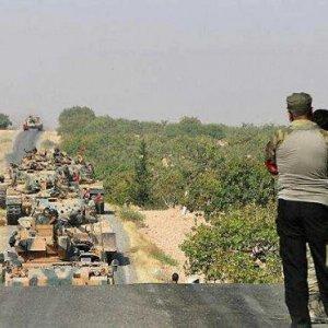 'Fırat Kalkanı' askeri harekatı sürüyor