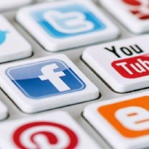 Twitter, Facebook, Instagram ve Youtube neden kapatıldı ?