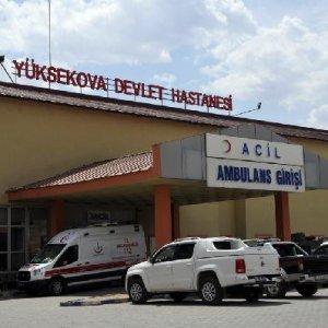Yüksekova'da PKK'lılar şantiye bastı: 2 ölü