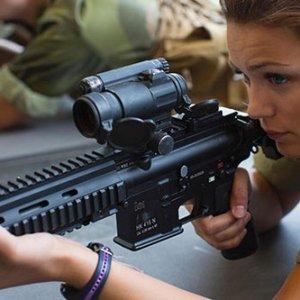 Tarihi karar: Kadınlara askerlik zorunlu oldu !