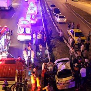 İstanbul E-5'te sabaha karşı korkunç kaza !
