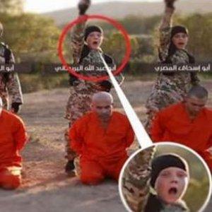 IŞİD'in kanlı videosundaki bu çocuk Türk mü ?