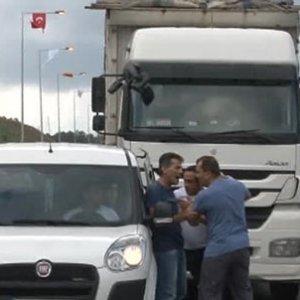 Yavuz Selim'de ilk kavga, otoyolda ilk kaza
