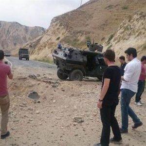 Hakkari'de bombalı saldırı !