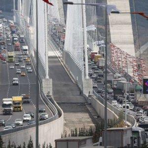 Yeni köprüde intihar önlemi