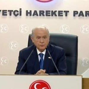 Gazetecinin Akşener sorusu Bahçeli'yi kızdırdı  ..