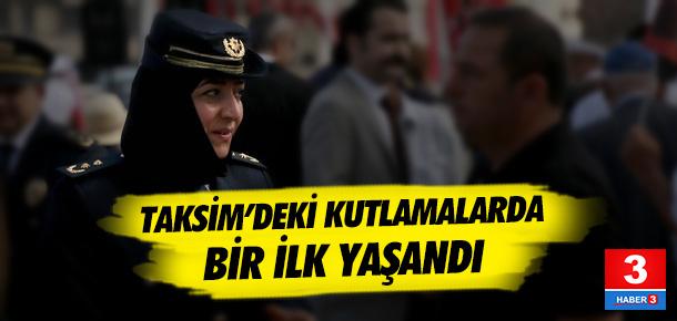 Taksim'deki törende bir ilk: Başörtüsüyle katıldı