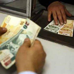 Emekli ve memura maaşlar bayram öncesi ödenecek