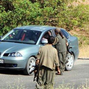 Eşinin ve çocuğunun yanında PKK saldırdı