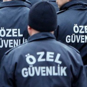 Özel güvenlikçiye Polanya'dan kimlik!