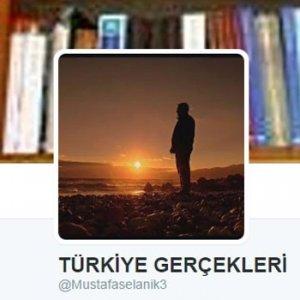 """""""Türkiye Gerçekleri"""" adlı twitter kullanıcısına FETÖ'den gözaltında"""