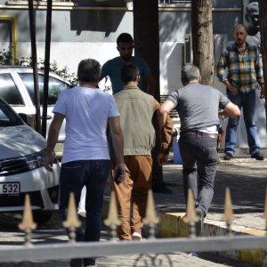 Siverek'te 'peşmerge kıyafetli' kişi gözaltına alındı