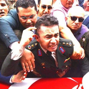 Yarbay Mehmet Alkan TSK'dan ihraç edildi