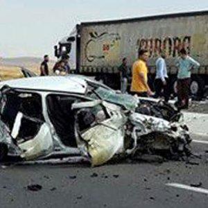 Afyonkarahisar'da feci kaza!.. 5 ölü!