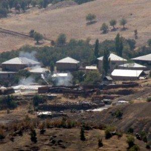 PKK'lılar üs bölgesine saldırdı