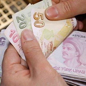 Emekli ve memurların maaşları hesapta