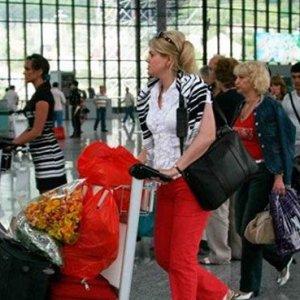 Rus turist, akın akın Türkiye'ye geliyor !