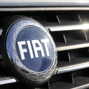 Fiat Chrysler, 1,9 milyon otomobili geri çağırdı !